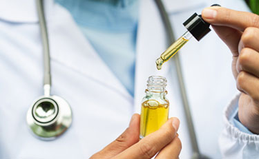 Doctor discussing the benefits of CBD tincture